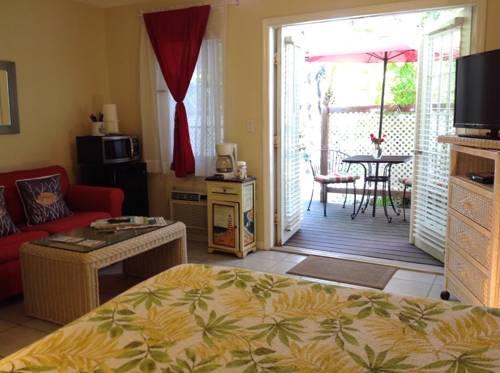LHII bed and doors